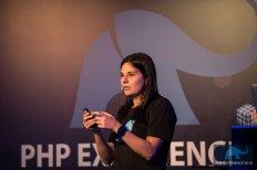 palestrante-juliana-chahoud-twitter-php-experience-sp-22-03-2016-dsc4899